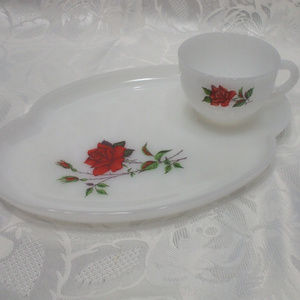 Other - Roses 2 Pc Tea Cup And Snack Plate